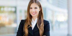 8 Contoh Pakaian Terbaik untuk Wanita Saat Wawancara Kerja