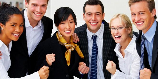 Ilustrasi meningkatkan kepercayaan diri karyawan