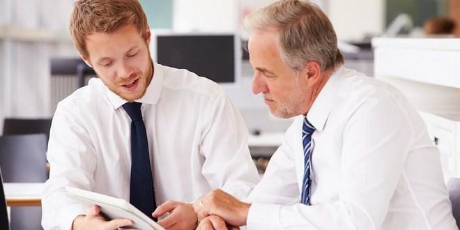 Ilustrasi mentoring karyawan introvert