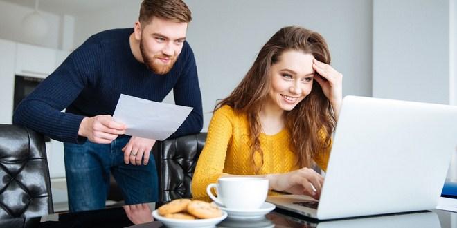 Ilustrasi mengatur keuangan rumah tangga